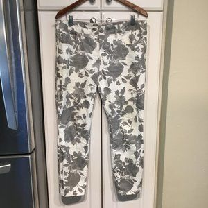 Free People Gray Rose Print Skinny Cropped Jeans